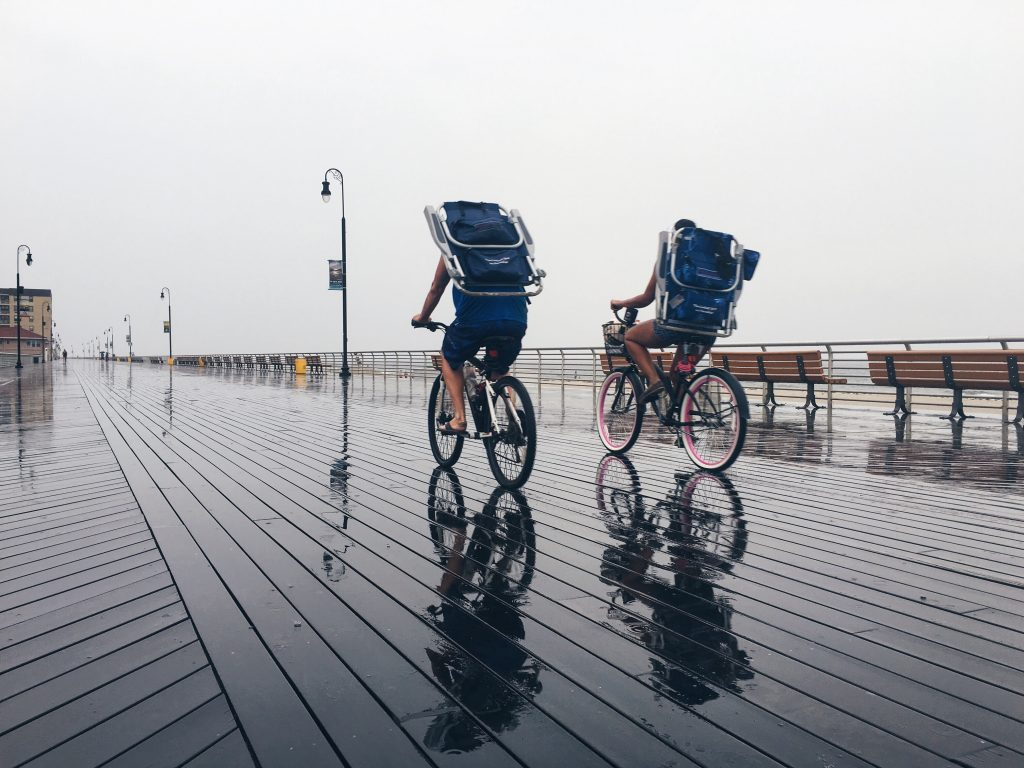 rodar mientras llueve teiko bikes