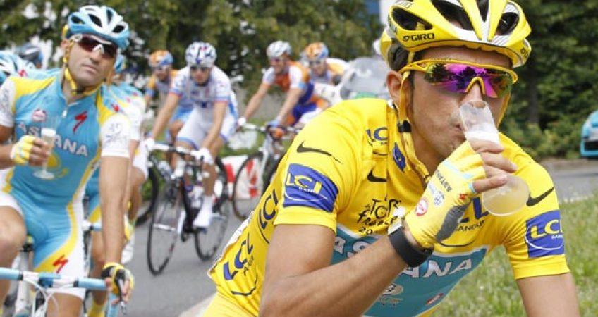 Image result for ciclismo tomando alcohol